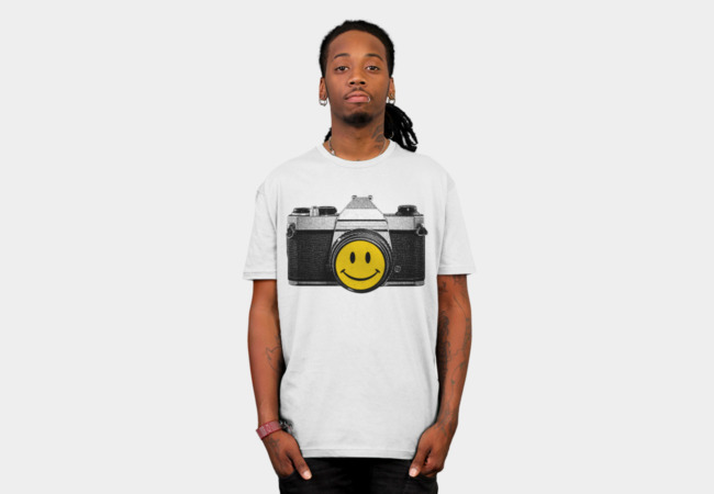 'SMILE' T-Shirt - Design By Humans