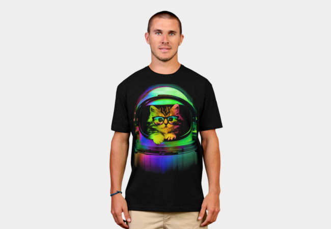 Cool kitten on the helmet T-Shirt - Design By Humans